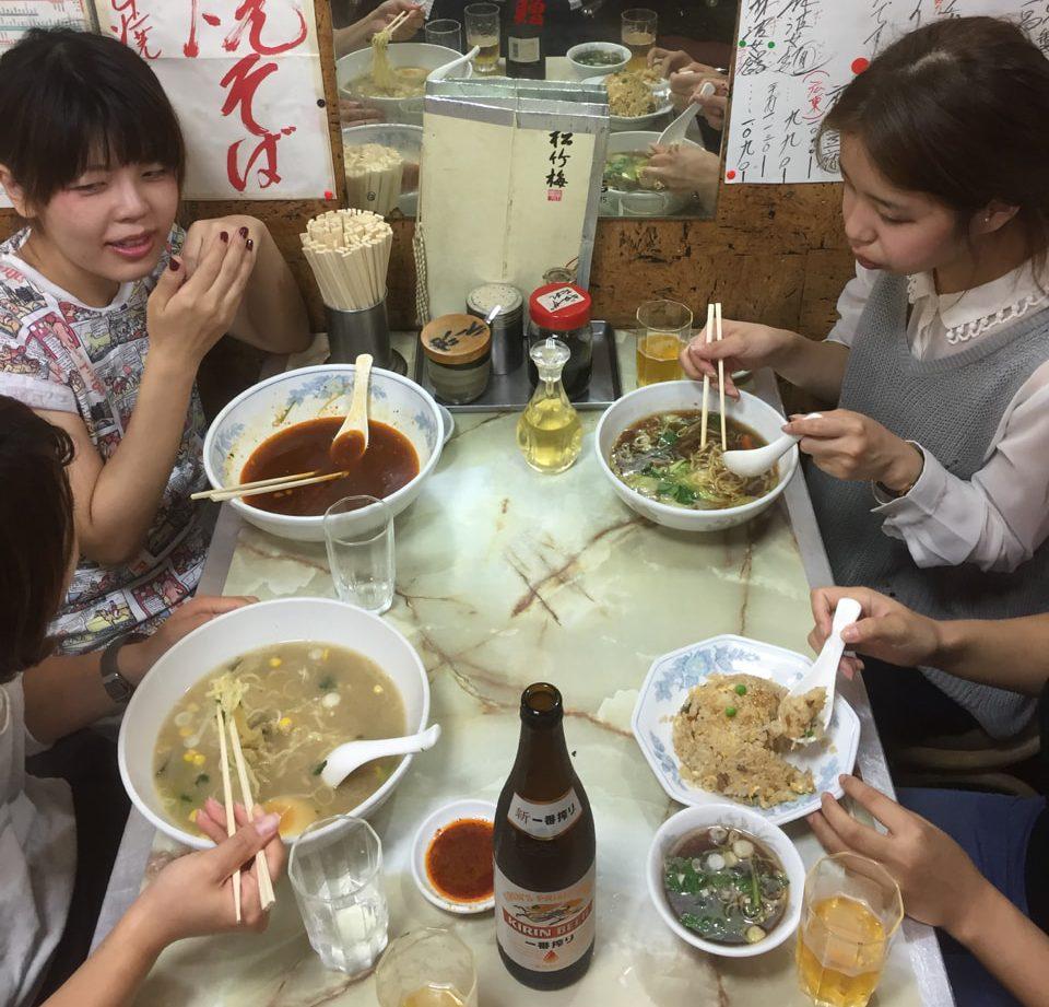 辻洋装店 五香菜館 一年目